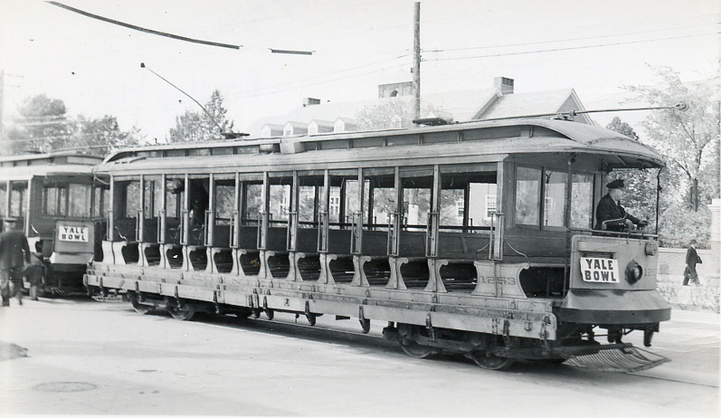 Connecticut Company car 1253 on Derby Avenue in New Haven, at Yale Bowl, October 21, 1939 (2012-0077_ph3)