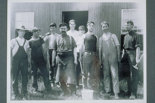 Blacksmith class, 1905