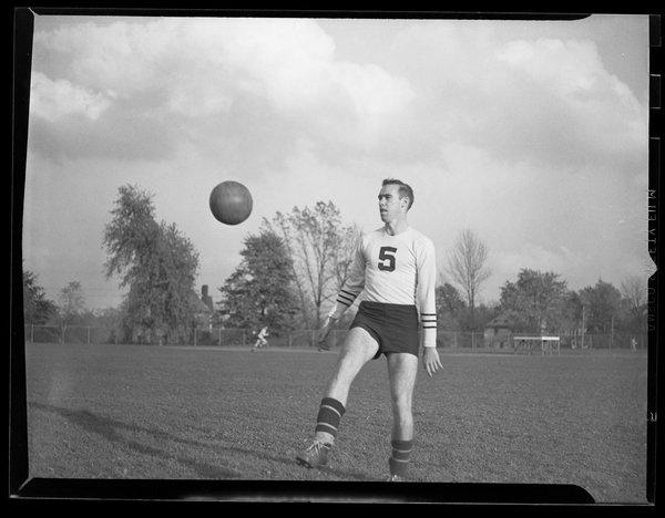 Soccer, 1946