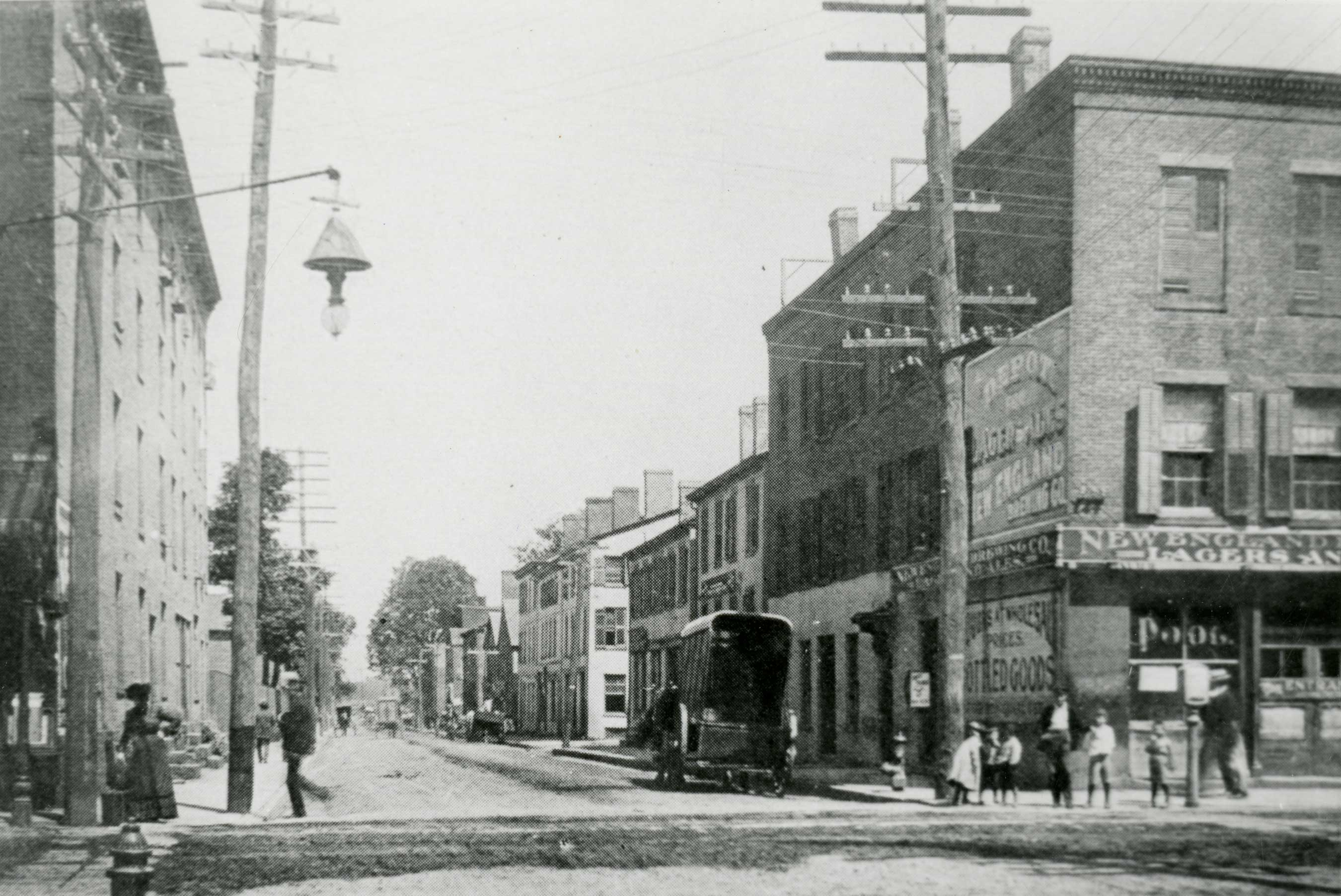 Street scene in Hartford, Connecticut, early 1900s