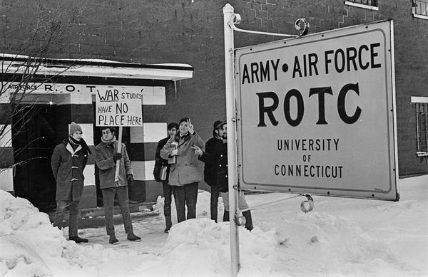 ROTC Protest (1969). Photo by Howard Goldbaum.