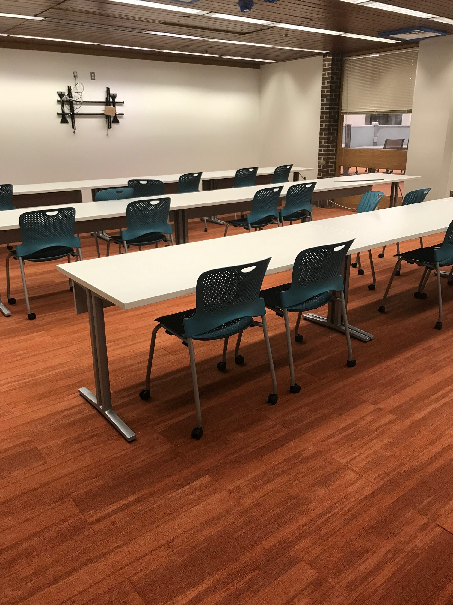 Newly furnished instruction space